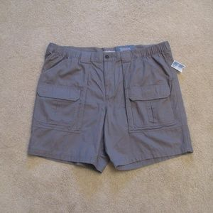 CROFT BARROW Mens NEW Grey Cargo Shorts Size 46